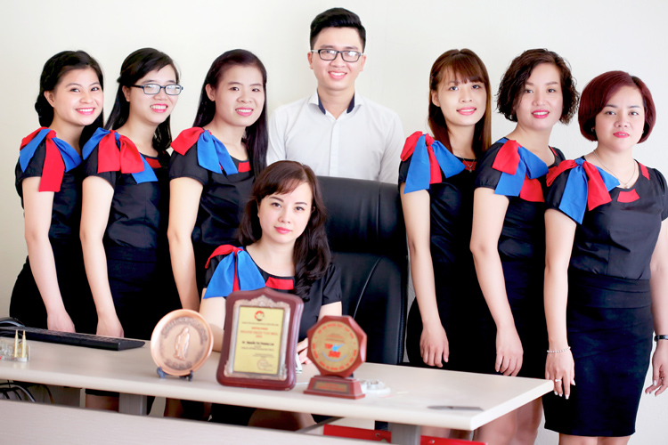 our-office-team_doi-ngu-nha