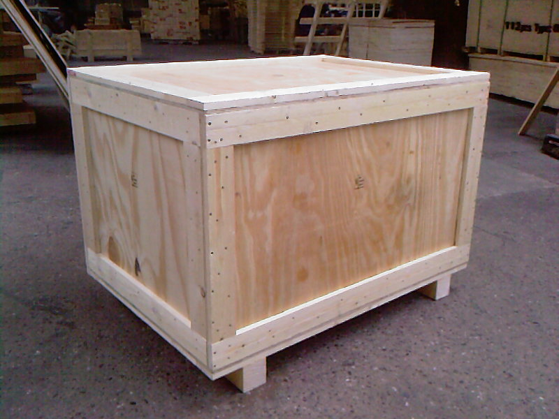 Packing plywood used daily